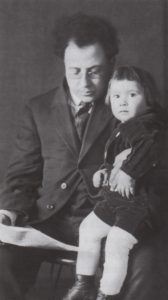 (fig. 4) Samuel and Reuben Kadish, ca. 1915. Photo by C. Gorman from the Reuben Kadish Papers, Archives of American Art, Smithsonian Institution, with permission of the Reuben Kadish Art Foundation